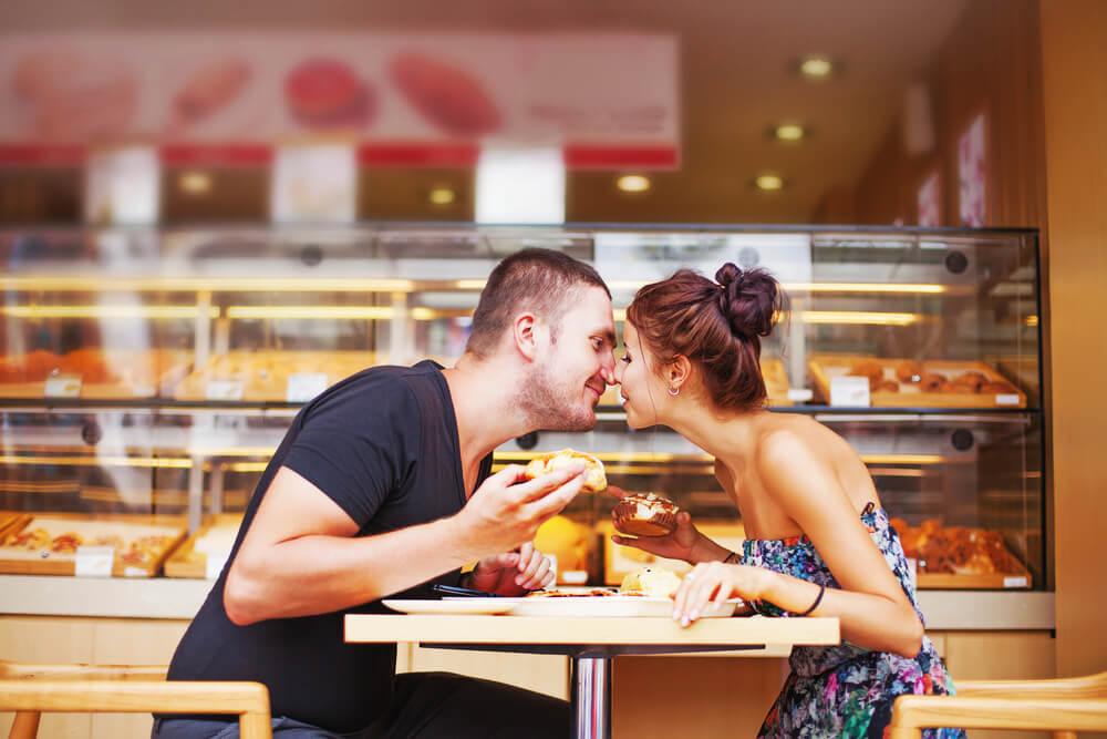 女性をデートに誘うなら知っておきたい便利な小ワザとは?