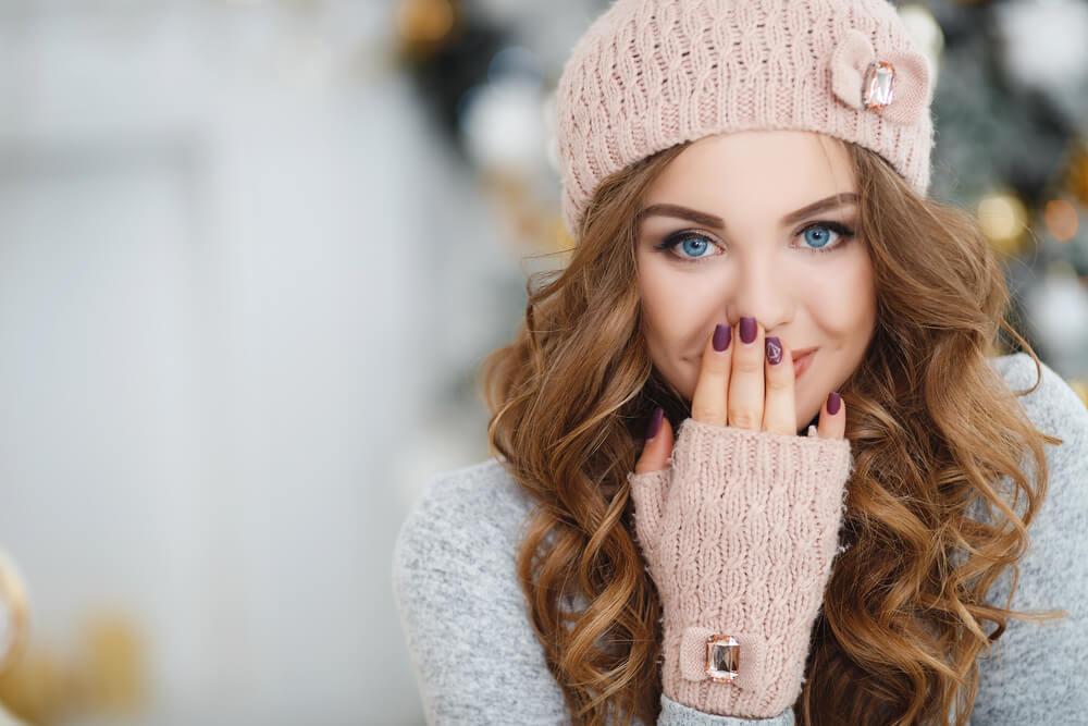 femme rousse yeux bleu ile ilgili görsel sonucu