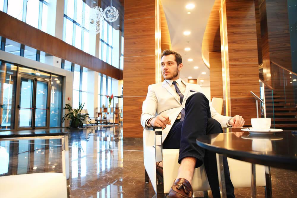 これ1枚で有名高級ホテルのゴールド会員!デキる男のステータス『SPG AMEXクレジットカード』