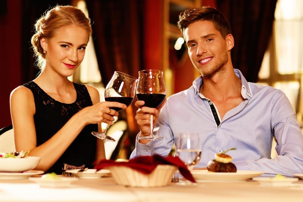 どの誘い方が一番?女性が喜ぶデートの誘い方とは