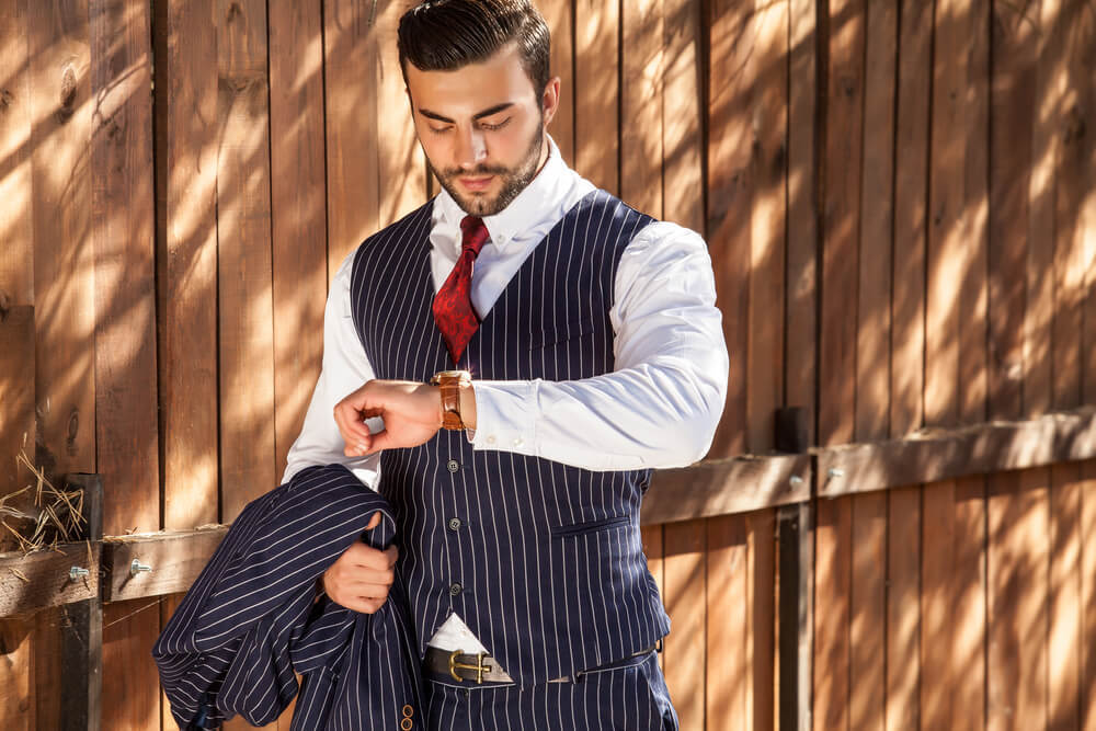 【30代・40代男性必見】大人のスーツの選び方とは?