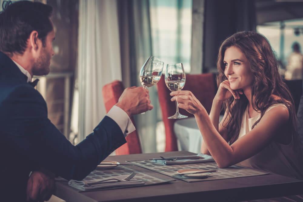 女性が付き合う前のデートでチェックする男性のポイント5選