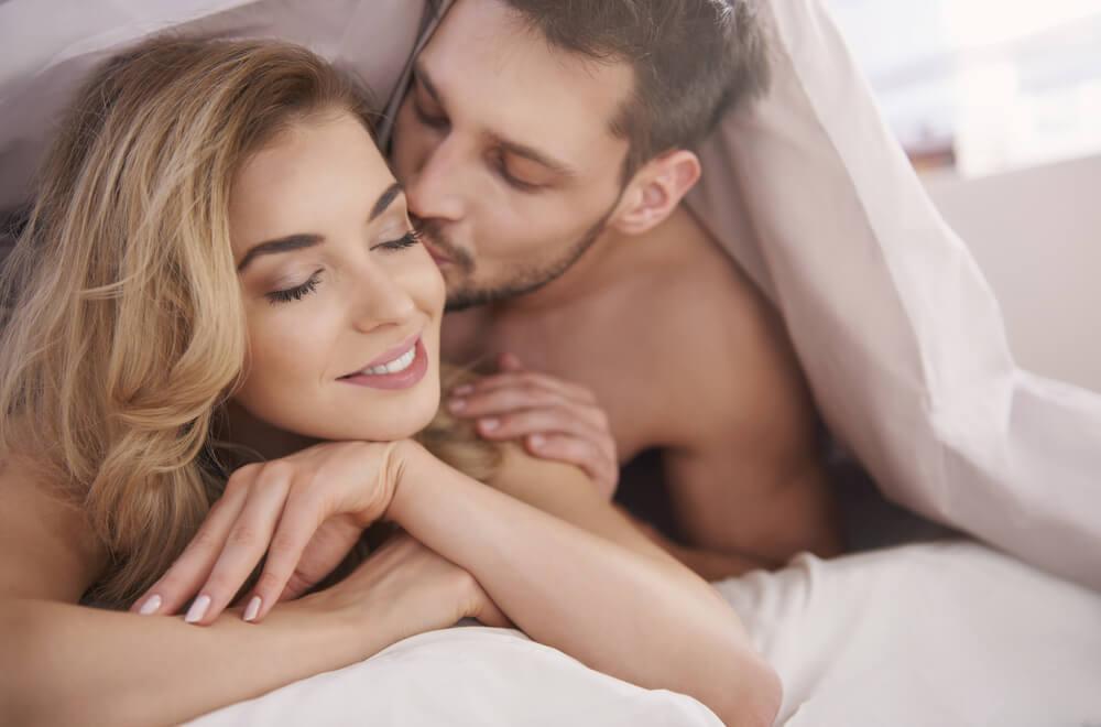 唇だけじゃない!女性が喜ぶキスの部位と上手なキスの仕方