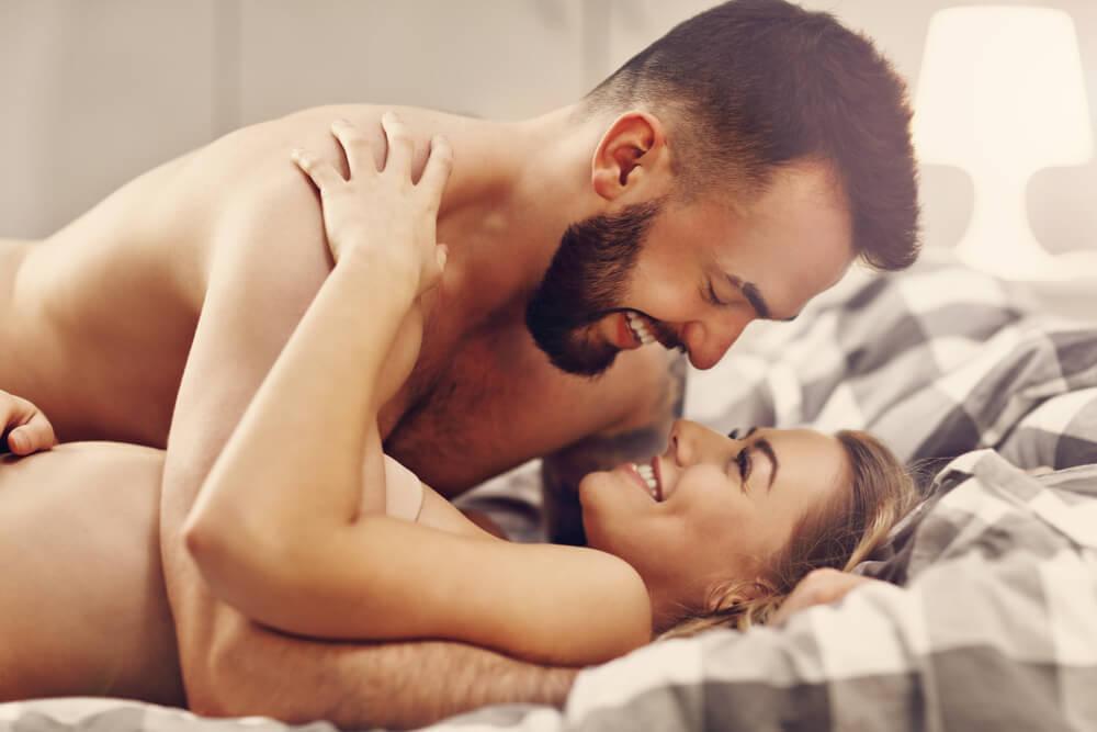 彼氏と幸せな夜を過ごす彼女たちがセックス後にされて嬉しかったこと