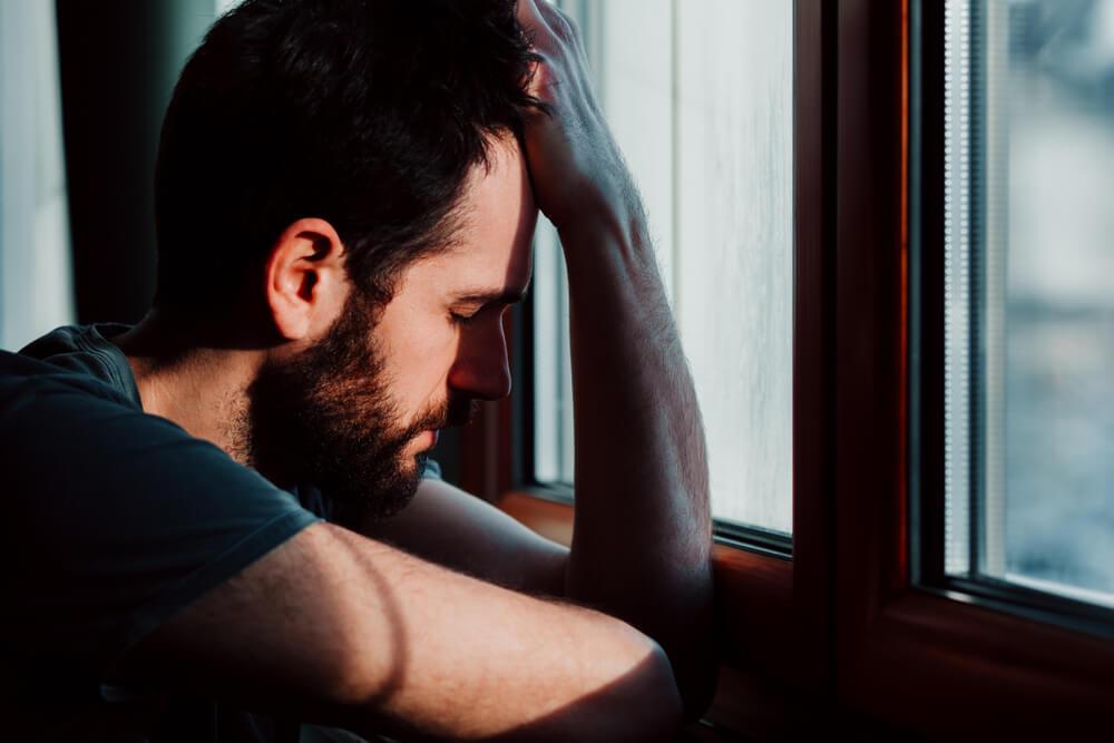 うまくいっているのになぜ?恋愛で感じる急な不安の理由と対処法