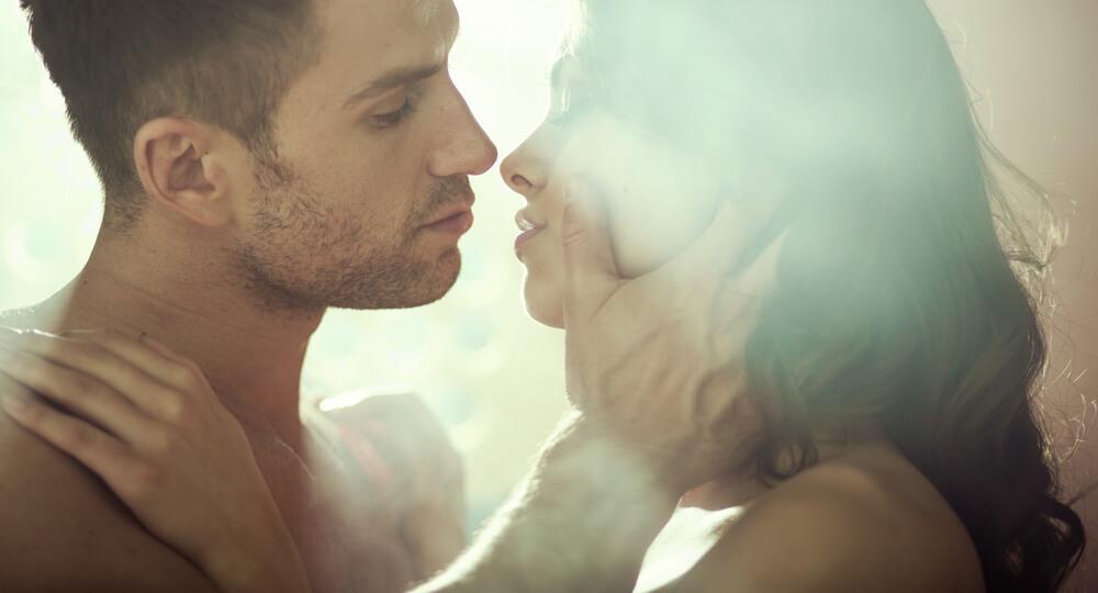 これは惚れちゃう♡男性にされたいキスの方法